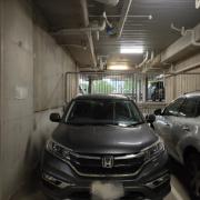 Indoor lot parking on Franklin St in Melbourne