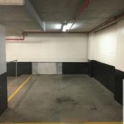 Indoor lot parking on Carlton Street in Chippendale 新南威尔士州澳大利亚