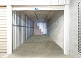 Self Storage Unit in Queanbeyan - 27 sqm (Driveway).jpg