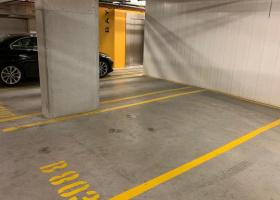 Indoor parking bay 24/7 access.jpg