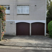Garage parking on Grasmere Road in Cremorne Nuovo Galles del Sud