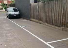 Off street parking space close to CBD, train station, tram stops, hospitals and MCG..jpg