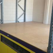 Warehouse storage on