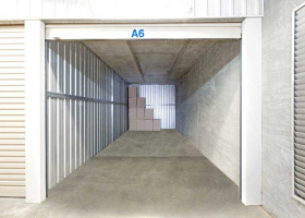 Self Storage Unit in Capalaba - 27 sqm (Driveway).jpg