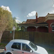 Garage parking on Riversdale Rd in Hawthorn