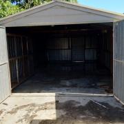 Garage storage on Sevenoaks Avenue in Croydon Victoria 3136