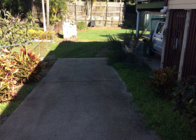 Mount Gravatt East- Backyard space for rent suitable for caravan ,boat cars ,box trailers.jpg