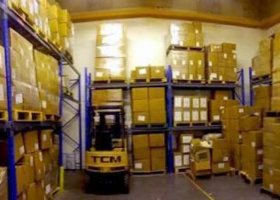 Warehouse pallet space or storage space available (10 pallets).jpg
