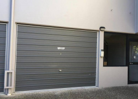 Single Garage in St Lucia - just 5 min walk to UQ !! (Strictly for parking not for storage).jpg