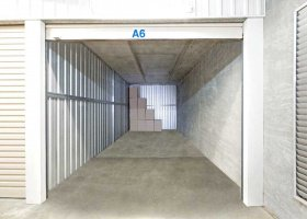 Self Storage Unit in Kawana - 27 sqm (Driveway).jpg