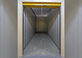 Self Storage Unit in Springwood - 7.6 sqm (Driveway).jpg