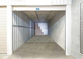 Self Storage Unit in Welshpool - 18 sqm (Driveway).jpg