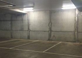 Secure Port Melbourne Parking Space on Bay Street.jpg