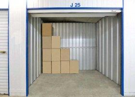 Self Storage Unit in West Gosford - 4.6 sqm (Driveway).jpg