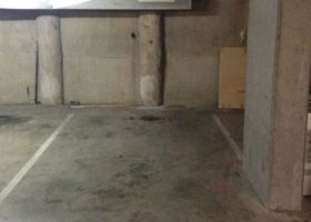 Secure parking in Surry Hills next to CBD.jpg