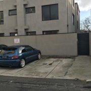 Driveway parking on Grattan Place in Richmond