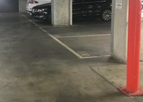 Car park available for rent in Docklands.jpg