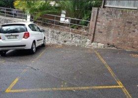 Elizabeth Bay - Open Parking near Potts Point.jpg