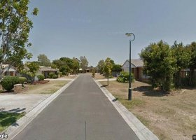 Boondall - Cheap Garage close to Airport and City.jpg