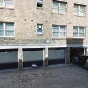Garage parking on Queens Rd in Melbourne