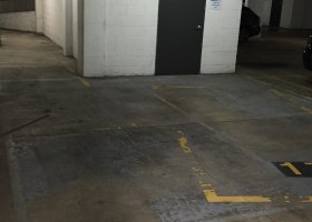 Secure u/c Spring Hill parking space for rent..jpg