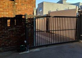 Secure undercover parking 2min walk to Bridge Rd.jpg