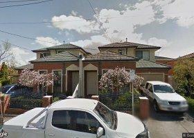 West'n Hospital, West Footscray Statn, Whitten Ovl.jpg