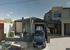 Car park for rent in driveway of new townhouse.jpg