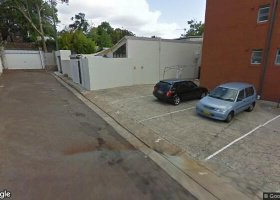 Oversized car bay off secluded laneway 2km to CBD.jpg