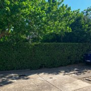 Outside parking on Shirley Rd in Wollstonecraft