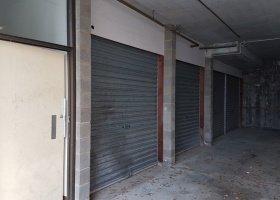 Single lock up garage!.jpg