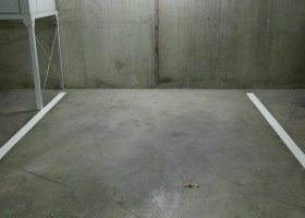 Southbank Blvd - car space for rent.jpg