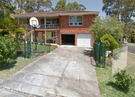 Narraweena - Large double lock-up garage in quiet location! .jpg