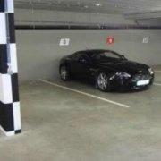 Garage parking on St Kilda Rd in Melbourne
