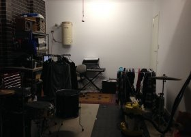 Single Garage in Thornbury - Great Location.jpg