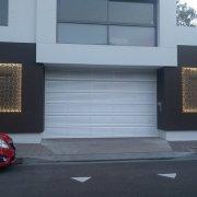 Garage parking on Raglan St in Manly