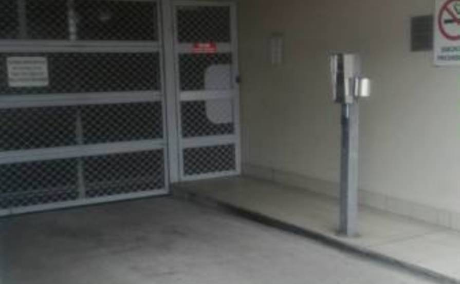 Cheap parking dee why secured car park dee why nsw 2099 for Golden rule garage door